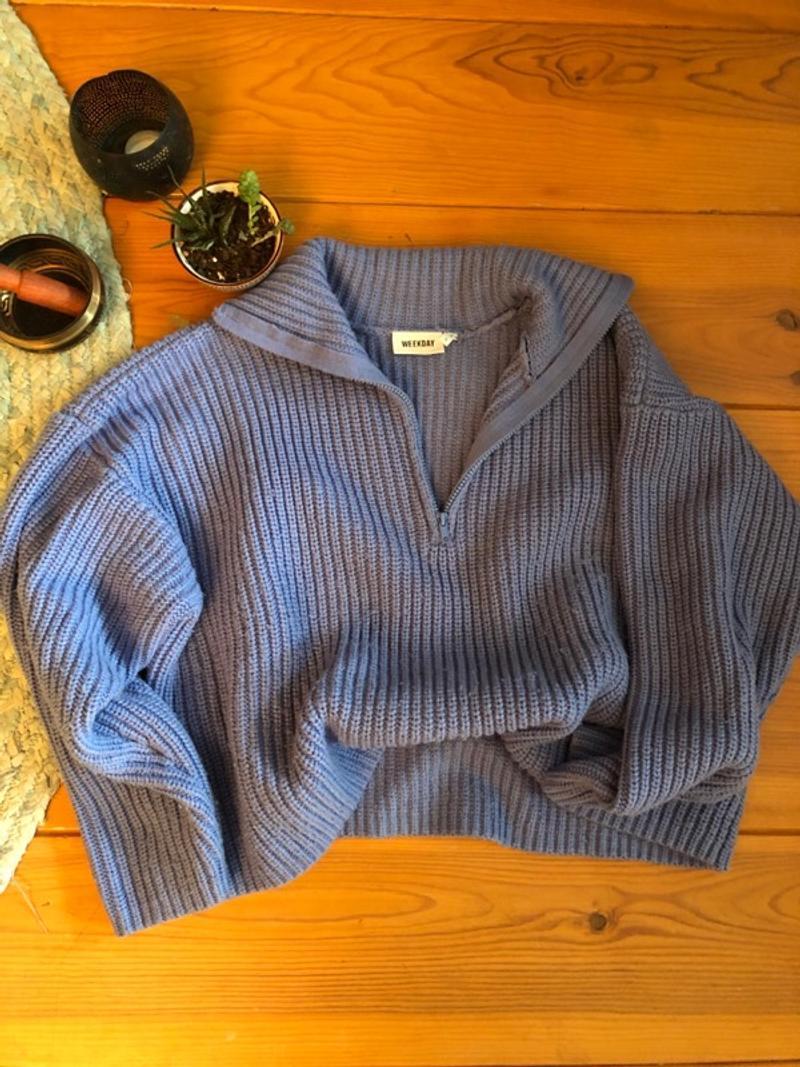 Blue/grey turtleneck sweater